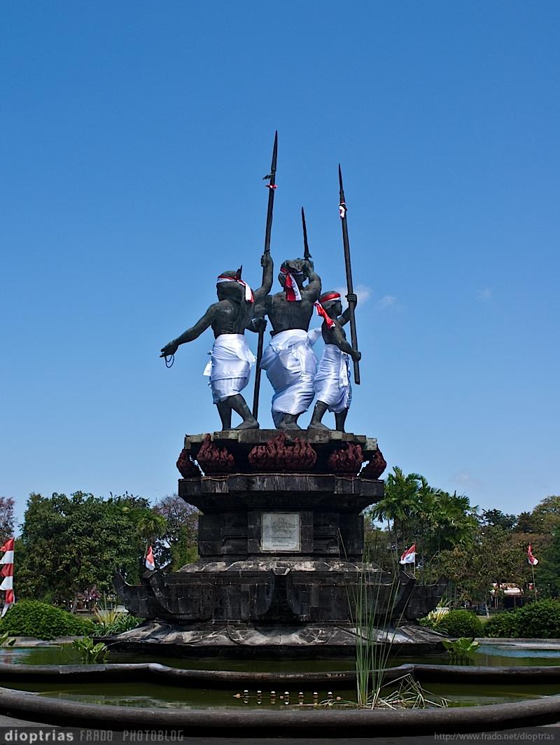 estatua vestida
